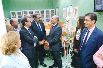 La Facultad de Medicina de Ciudad Real abre un nuevo animalario y una sala de disección