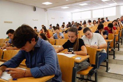 """Junta apuesta por adelantar la Selectividad de septiembre y ve """"consenso"""" para ello entre rectores y estudiantes"""