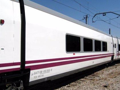 Unos 23.000 usuarios de tren usan la Tarifa Alcazaba para viajar entre Almería y Madrid
