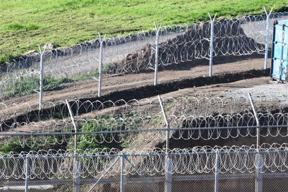 Bruselas admite a trámite la denuncia de M+J contra el Gobierno de Sánchez por las devoluciones 'exprés' de migrantes