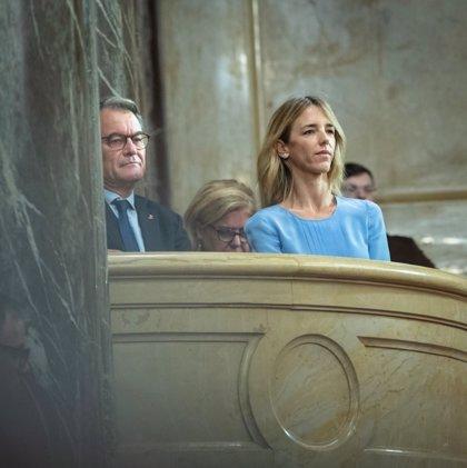 """Álvarez de Toledo (PP) avisa a Torra de que acabará en prisión si hace un referéndum: """"Atrévase"""""""