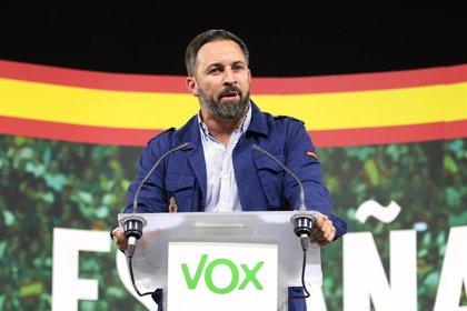 """Abascal (Vox) condena la agresión a un """"energúmeno encapuchado"""" por parte de ultras """"energúmenos"""""""