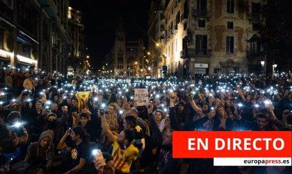Protestas en Barcelona | Directo: Empiezan a arder barricadas y aumenta la tensión en Urquinaona