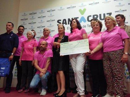 Ayuntamiento de Santa Cruz, Amate, Ecovidrio y taxistas se unen para visibilizar la lucha contra el cáncer de mama