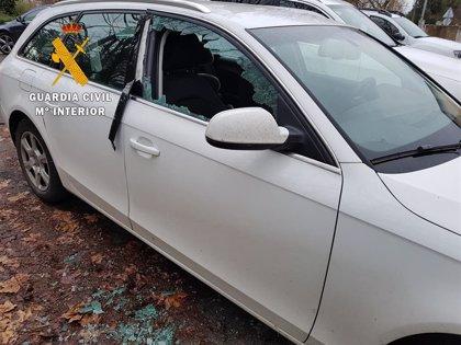 La Guardia Civil detiene a los autores de numerosos robos en el interior de vehículos en la Ribera