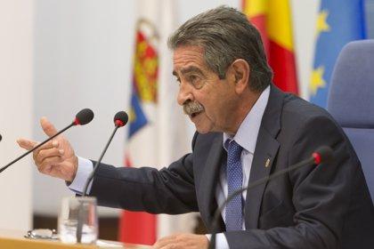 """Revilla apoya la actuación del Gobierno en Cataluña: """"No se puede echar más gasolina"""""""
