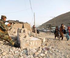 Almenys 17 morts per dues explosions en una mesquita a l'est de l'Afganistan (REUTERS / MOHAMMAD ISMAIL)