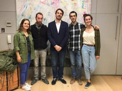 Presentado el documental 'Viviendo Navarra', en el que cuatro jóvenes recorren la Comunidad foral durante una semana