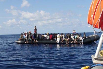 El 'Ocean Viking' rescata a 104 migrantes en el Mediterráneo, entre ellos 40 menores