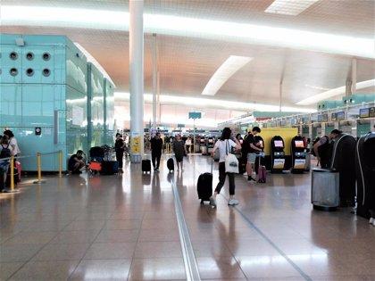 Ascienden a 57 los vuelos cancelados en el Aeropuerto de Barcelona por la huelga
