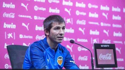 """Celades: """"Ojalá podamos acercarnos al nivel del Atlético, pero sabemos cuál es la realidad"""""""