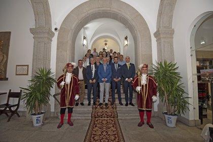 La Diputación de Cáceres agradece el trabajo y compromiso de sus trabajadores por el desarrollo de la provincia