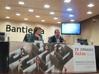 """El Gobierno dedica """"esfuerzo y recursos"""" para dar respuesta a los 200 menores no acompañados que hay en Aragón"""
