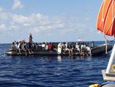 L''Ocean Viking' rescata 104 migrants al Mediterrani, entre ells 40 menors (TWITTER/@MSF_SEA)