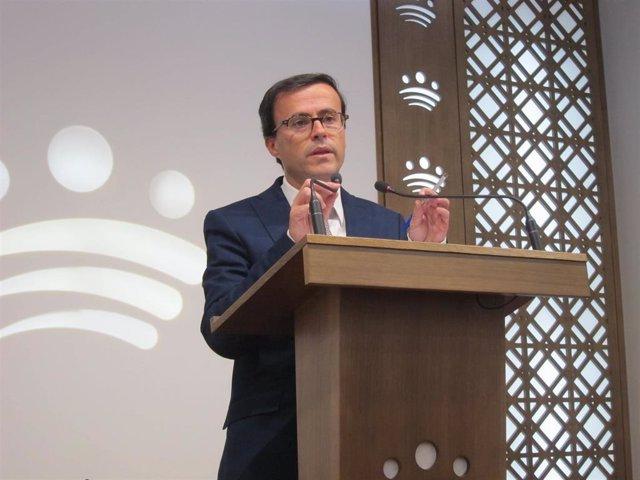 Miguel Ángel Gallardo, en rueda de prensa.