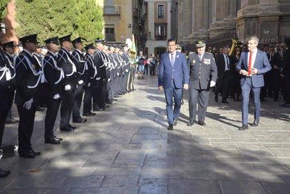 Más de 70 agentes de Policía de Granada condecorados en el día del Santo Ángel Custodio