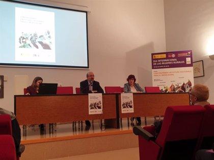 El presidente de la Diputación de Teruel dice que las mujeres están en la vanguardia de la lucha contra la despoblación