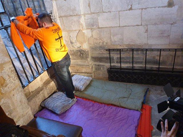 Lugar donde duermen en la Catedral los trabajadores de Vesuvius encerrados