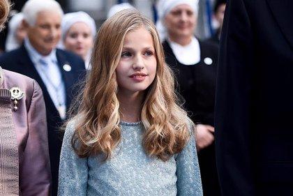 La Princesa Leonor emociona a sus abuelas y su hermana con su primer discurso