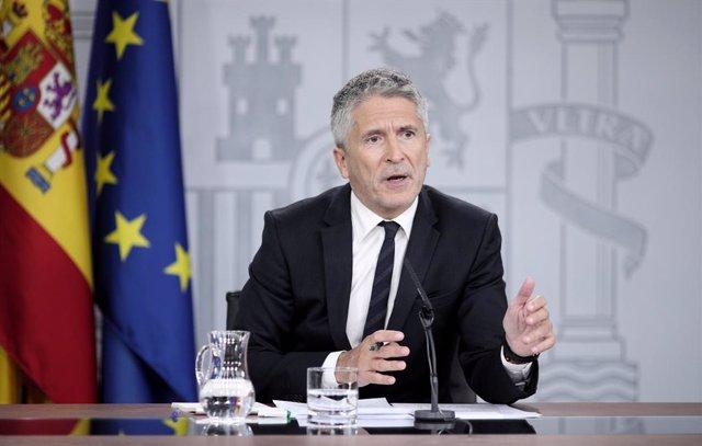 El ministre de l'Interior en funcions, Fernando Grande-Marlaska, compareix en roda de premsa, a La Moncloa per a informar de la reunió del Comit de seguiment de la situació a Catalunya, Madrid, 18 de cotubre del 2019.