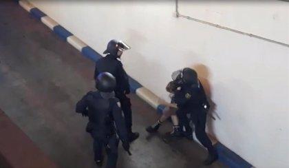 Dos detenidos y dos policías heridos en la manifestación en València contra la condena a los líderes independentistas