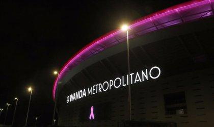 El Wanda Metropolitano se tiñe de rosa contra el cáncer de mama