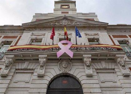 La Comunidad se tiñe de rosa para sumarse a la celebración del Día Mundial contra el cáncer de mama