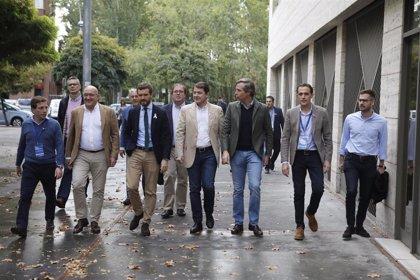 """Mañueco llama a """"arañar"""" cada voto para llevar a Casado a La Moncloa"""