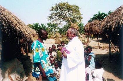 """Benedicto Sánchez, misionero en Angola: """"Iban con los camiones militares a capturar a todos los jóvenes que encontraban"""""""