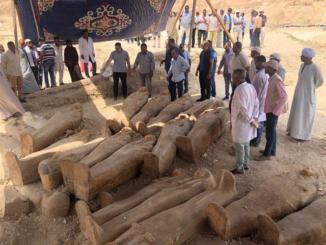 Descubrimiento de sarcófagos en Luxor