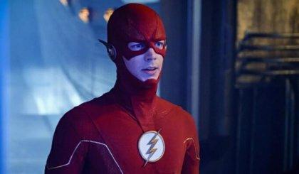 The Flash da un vistazo al multiverso y adelanta las graves consecuencias de Crisis en Tierras Infinitas