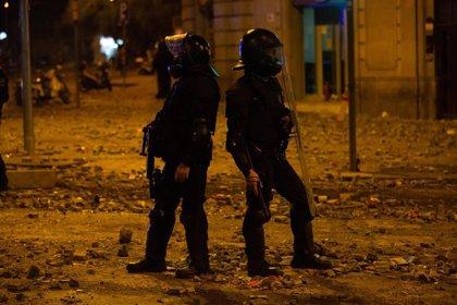 Libertad provisional con medidas cautelares para siete detenidos en Barcelona