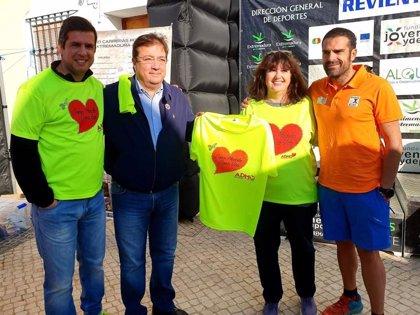 Fernández Vara anima a la población a hacerse donante de médula ósea