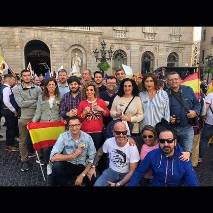 Parlamentarios y ediles de Ciudadanos en Asturias acuden a Barcelona a la concentración convocada por su formación