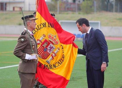 Aguado alaba a las Fuerzas Armadas en una Jura de Bandera en Paracuellos por proteger la libertad y la vida