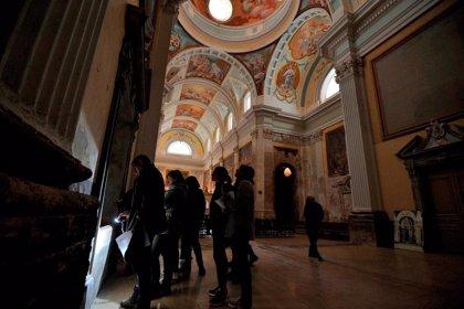La Diputación de Huesca trabaja con la Escuela de Restauración en recuperar las pinturas murales de la Cartuja