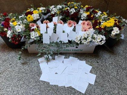 Envían desde Valencia 120 ramos de flores para agradecer a la Policía Nacional su trabajo en los altercados de Barcelona
