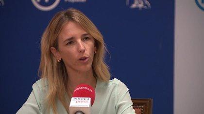 """Álvarez de Toledo desea una """"pronta recuperación"""" al policía ingresado en la UCI con pronóstico """"muy grave"""""""