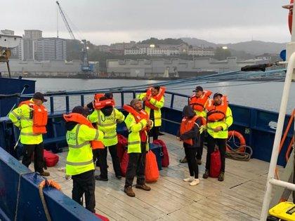 El buque 'Aita Mari' parte finalmente rumbo al Mediterráneo con ayuda humanitaria