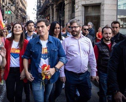 """Pablo Baena (Cs): """"No vamos a renunciar nunca a nuestra libertad, que les quede claro a los totalitarios"""""""