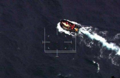 Localizan una patera con 33 personas a bordo al sur de Tenerife