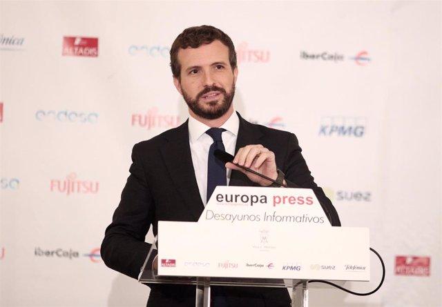 El presidente del PP, Pablo Casado, durante su intervención en un Desayuno Informativo de Europa Press, en Madrid (España), a  21 de otubre de 2019.