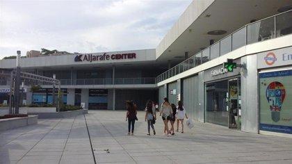 """Adelante Mairena señala la """"quiebra"""" de Aljarafe Center y dice que Conde prevé """"lo mismo con el colegio mayor"""""""