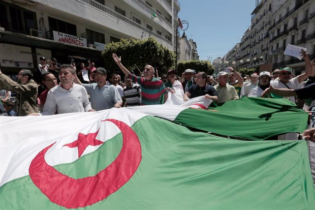 Manifestación en la capital de Argelia, Argel