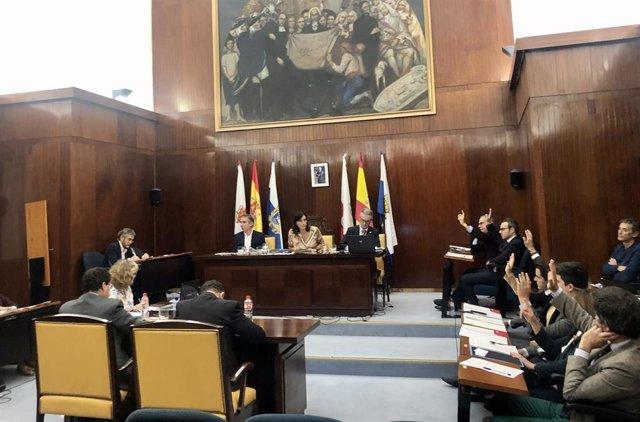 Pleno extraordinario Santander