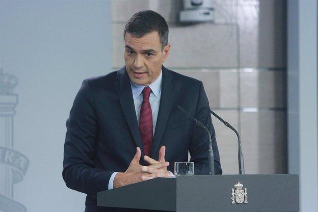 El president del Govern espanyol, Pedro Sánchez, fa una intervenció al palau de La Moncloa, Madrid (Espanya) 16 d'octubre del 2019.