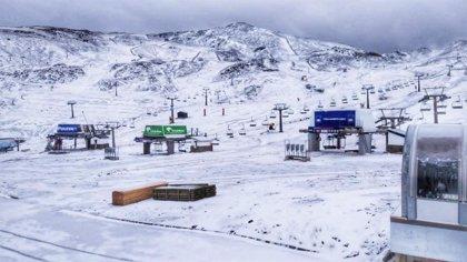 Sierra Nevada activa las pruebas del sistema de producción de nieve a la espera de nuevas nevadas
