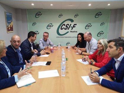 """El PSOE de Huelva se compromete con los trabajadores públicos que """"son los que mueven las administraciones"""""""
