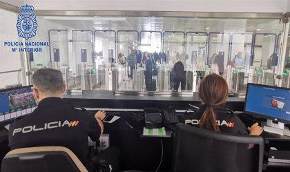 Detienen a 19 personas en el Aeropuerto de Palma con documentación falsa que iban a viajar al Reino Unido