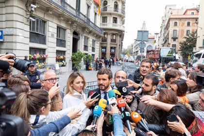 El PP culpa a Delegación del Gobierno de cambiar de opinión e impedir a Casado visitar la Jefatura de Policía catalana